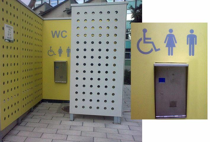 Nyilvános WC, épített kivitel